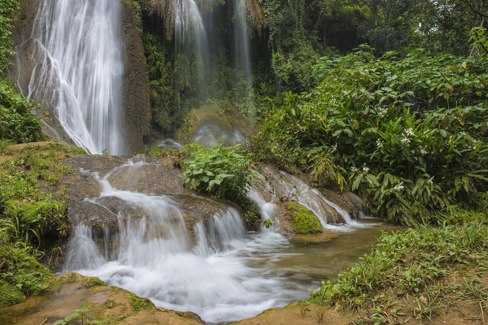 Trinidad, Tope de Collantes, Salto del Caburní