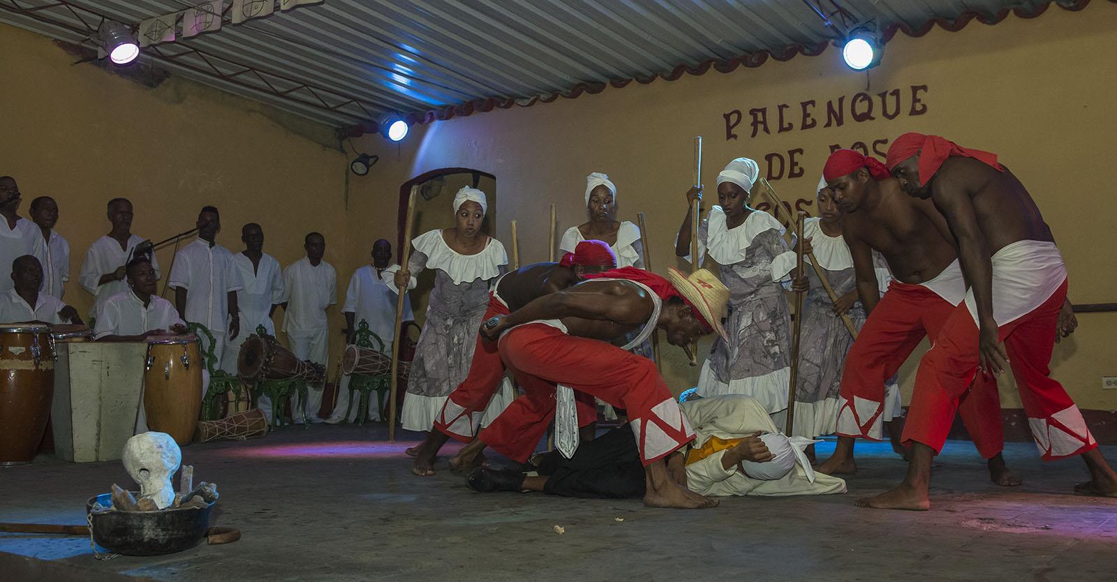 Trinidad, Cultura, Bailes, Tradiciones, Religión afrocubana
